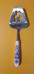 Cheese slicer Kissing couple Delft Blue